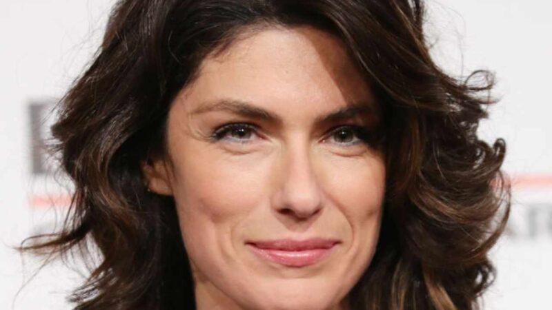 """Anna Valle torna al cinema con """"L'età imperfetta"""""""